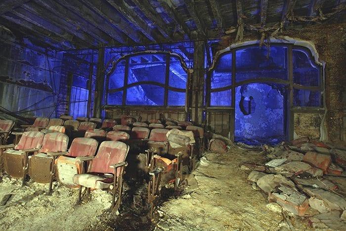 Palace Seats Gary