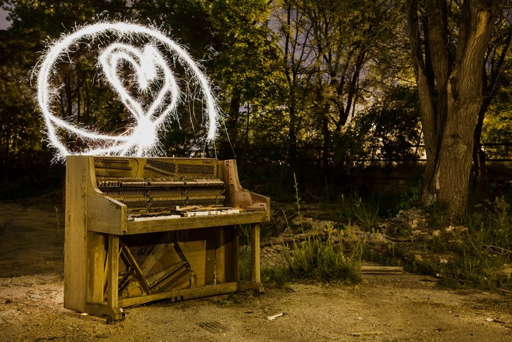 Sparkler Piano - Milwaukee, WI - The Flash Nites