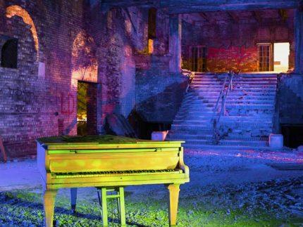 Memorial Piano - Gary, Indiana - The Flash Nites